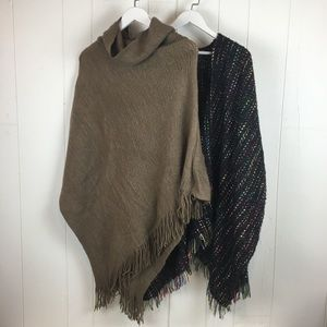 Do Everything In Love One Size Poncho Sweater Lot